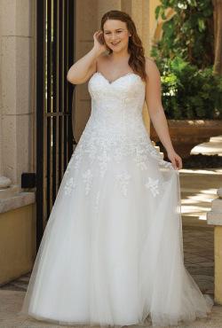 Plus Size Autumn 2018_Blush Bridal2