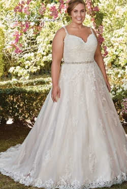 PLUS SIZE_Blush Bridal11