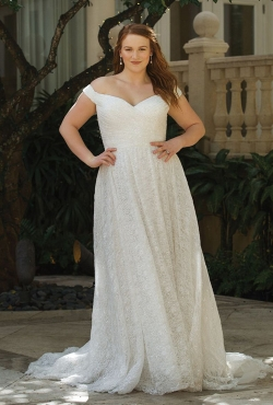 Plus Size Autumn 2018_Blush Bridal3