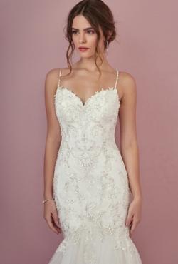 Rebecca Ingram Autumn 2018_Blush Bridal2