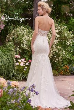Rebecca Ingram_Blush Bridal21