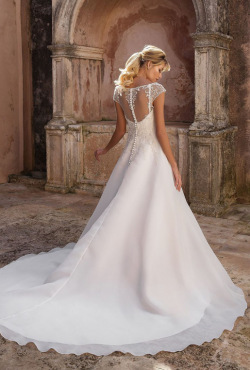 Justin Alexander Autumn 2018_Blush Bridal10