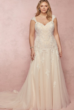 1_PLUS-SIZE_Blush-Bridal_Feb20207