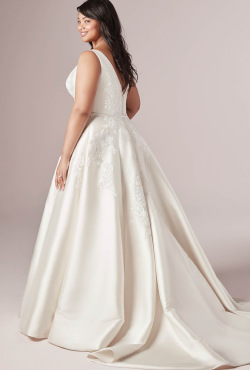 PLUS-SIZE_Blush-Bridal_Feb202010