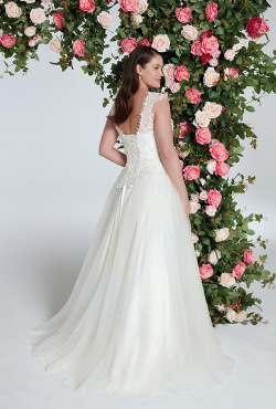 PLUS-SIZE_Blush-Bridal_Feb202013