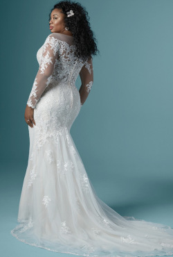 PLUS-SIZE_Blush-Bridal_Feb20202