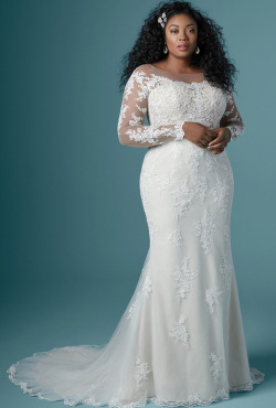 PLUS-SIZE_Blush-Bridal_Feb20203