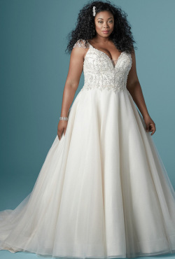 PLUS-SIZE_Blush-Bridal_Feb20204