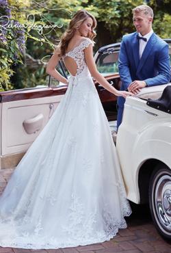 Rebecca Ingram 2018_Blush Bridal13