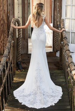 Rebecca-Ingram_Blush-Bridal_Feb2018